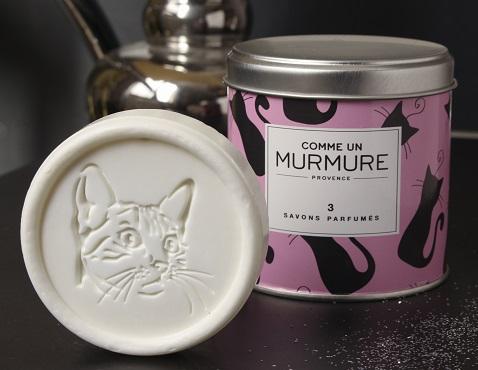 Boite chat contenant 3 savons parfumés